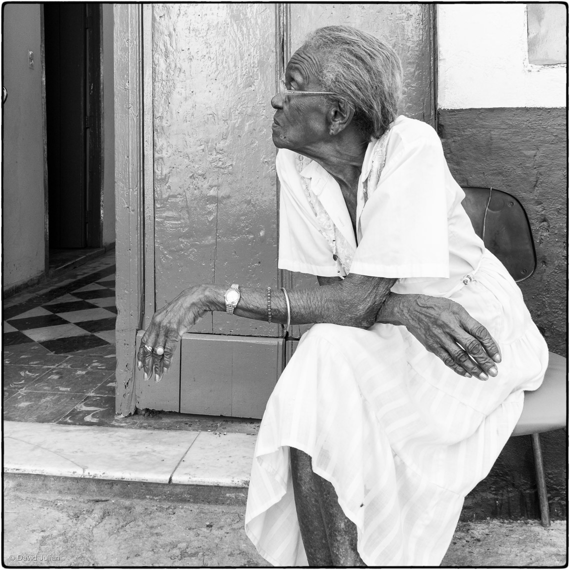43_Cuba_old_woman_at_elderly_home
