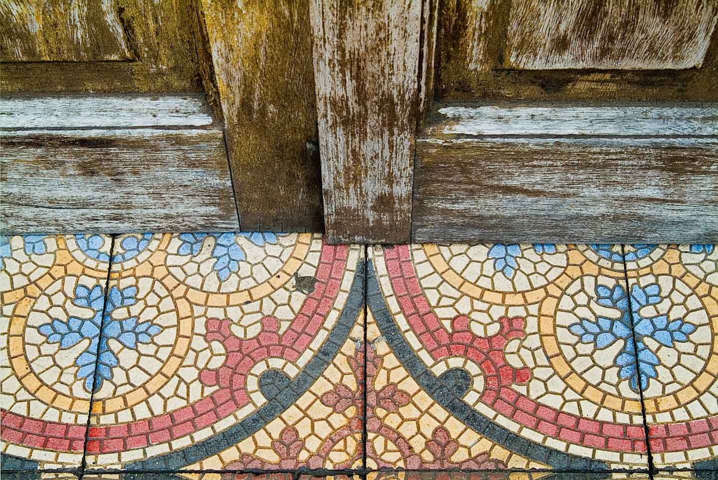 Oaxaca_doortiles_slide.jpg