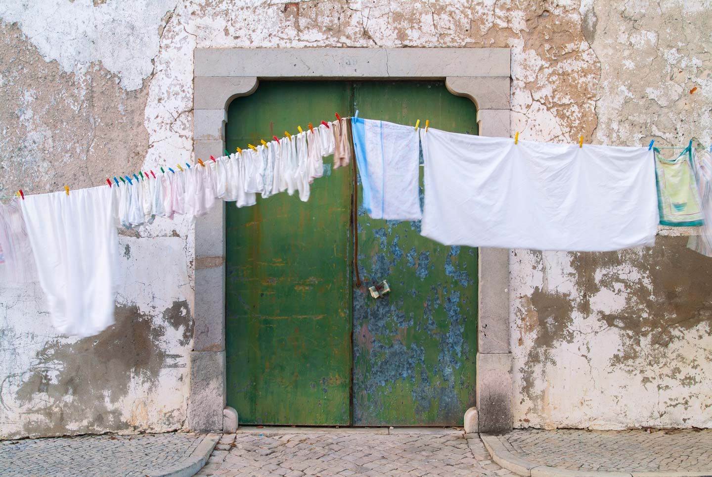 Portugal, Green door laundry-96.jpg